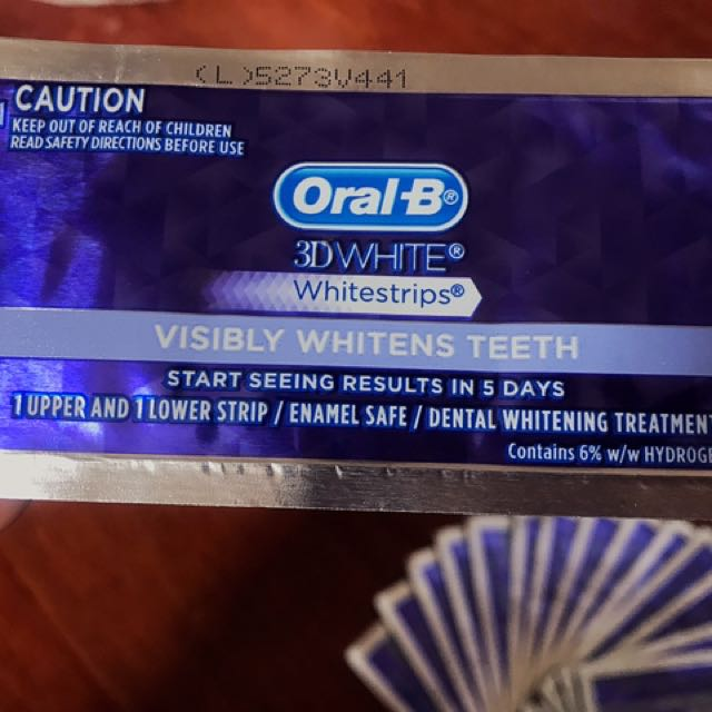 Oral B 3D Whitestrips