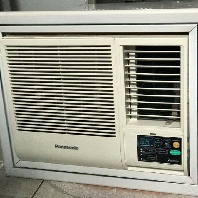Damaged Kitchen Appliances For Sale: PANASONIC .75hp Window Type Aircon(not Inverter), Kitchen