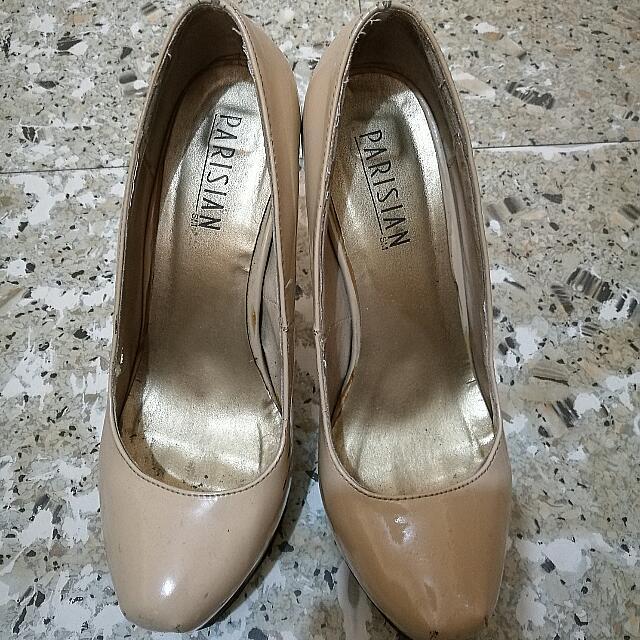 Parisian nude pump heels