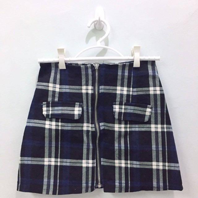 Plaid Zip-up Skirt