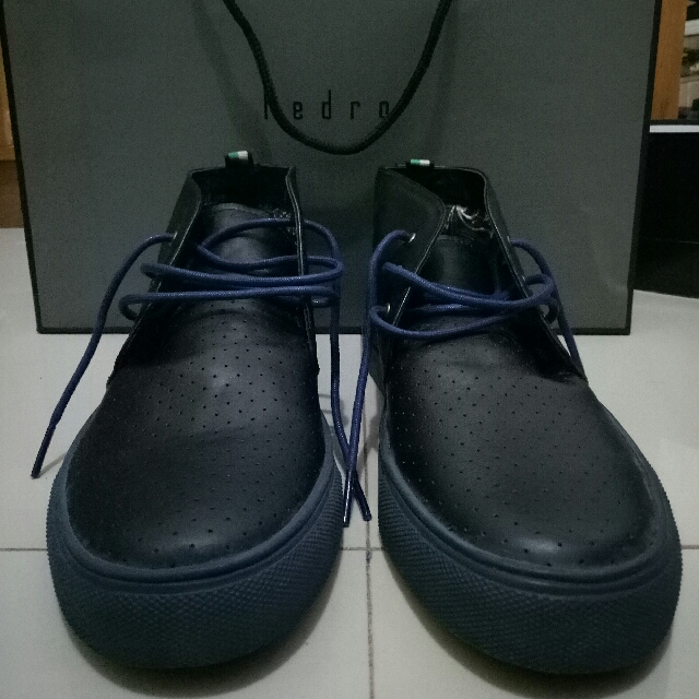 Sepatu Antton & Co Spain