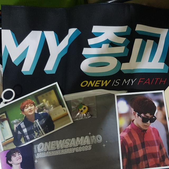 SHINee ONEW Fan Towel / Photocards / Notepad