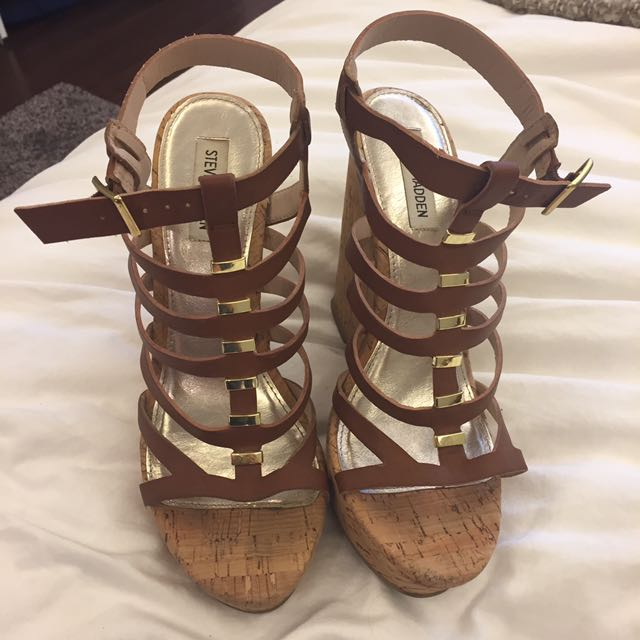 Steve Madden Brown And Gold Wedges Size 10