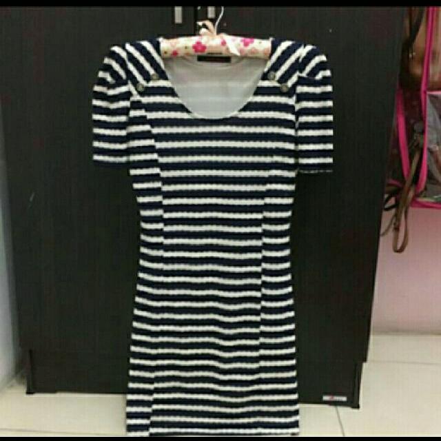 Dress Motif Stripe