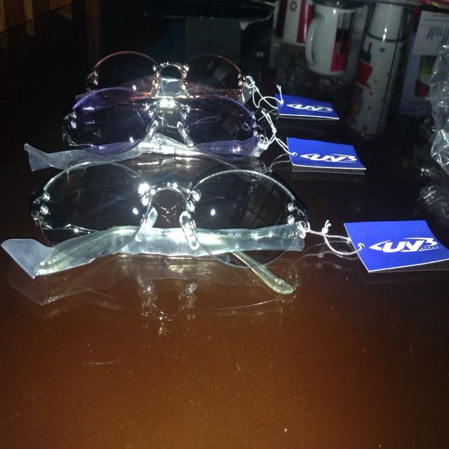 Sundglasses