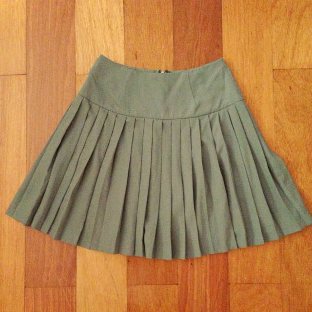 Teal Pleated Skirt W/ Back Zip