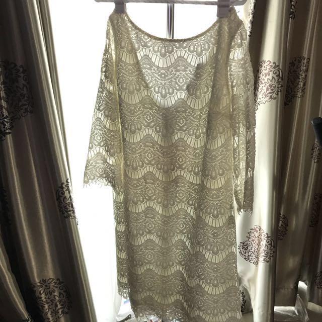 VERY LOW PRICE: Zara White Dress