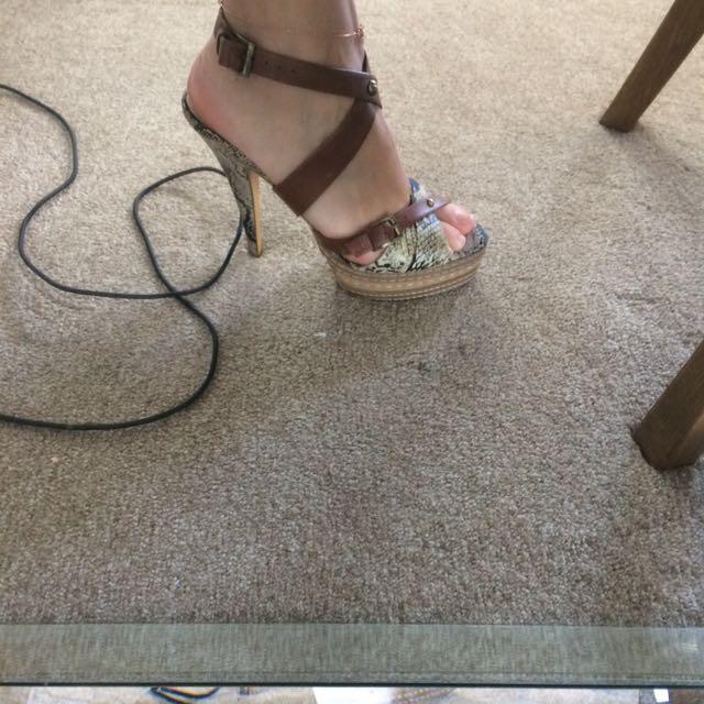Witchery heels size 7 snakeskin platform free postage