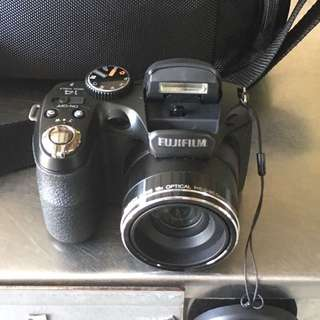 Fuji-film Finepix S2980