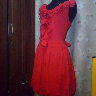 👗preloved Red Ruffled Dress