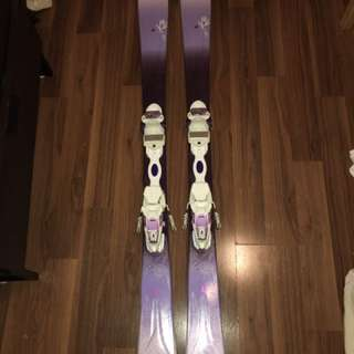 Womens Skis + Ski Poles + Ski Bag