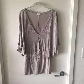 Aritzia Wilfred medium shirt