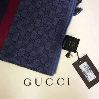 Gucci 藍色GG 頸巾 (男女都岩款)
