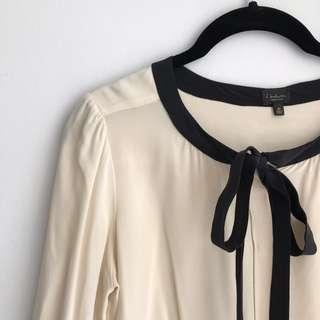 Aritzia 100% silk blouse - size XS