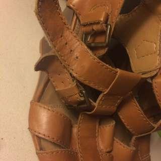 Zara Wedge Strappy Sandals s8