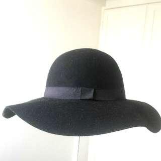 Cotton On Black Floppy Hat