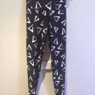 Two pairs of Supre exercise tights/leggings