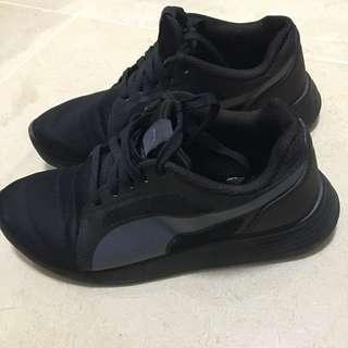 Women's Black Puma Shoes