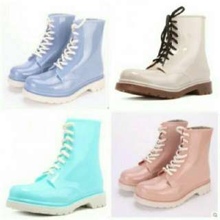 粉紫色雨靴38號
