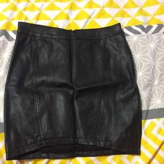 Black Leather Skirt Size 8 (bardot)