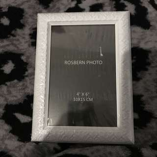 NEW 4R Plastic Picture Frame