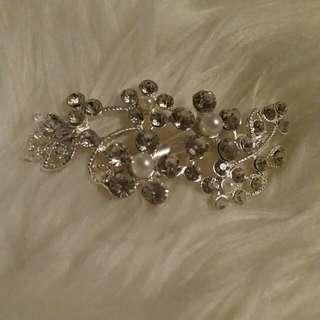 Diamonte Pearl Hair Clip -Formal Louvisa