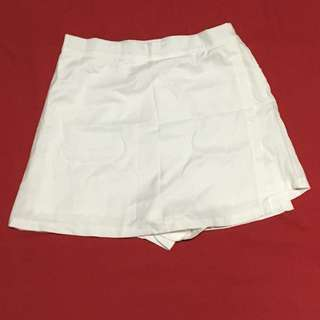 White Skorts (imo fits US 8 best)