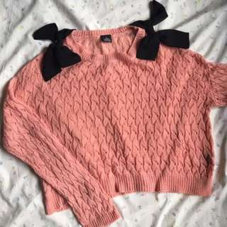 Knitted Pullover 💛