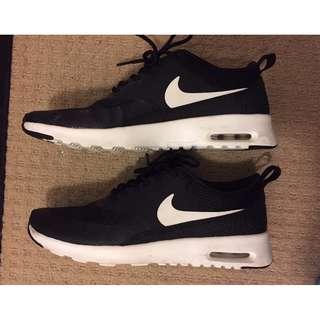 Nike Women's Air Max Thea Black/White