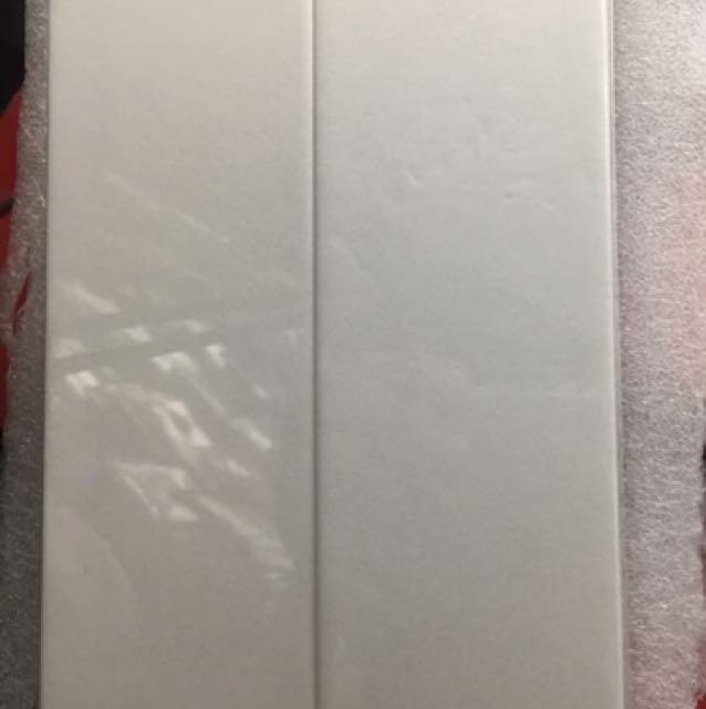 2 PCS BRAND NEW Huawei P10