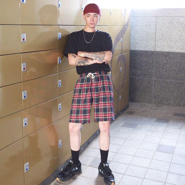 韓國代購🇰🇷紅格抽繩短褲