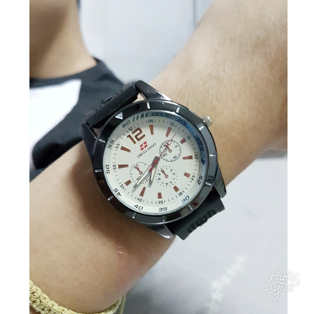 Analogue Swiss Army Good Quality BLACK