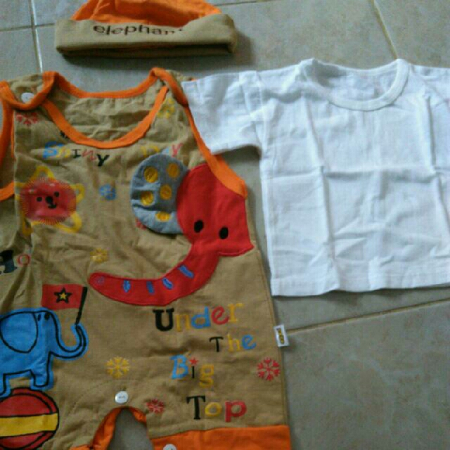 Baju Bayi Gajah