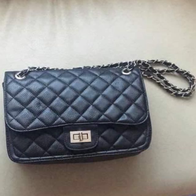 Black Quilted Pleather Sidebag