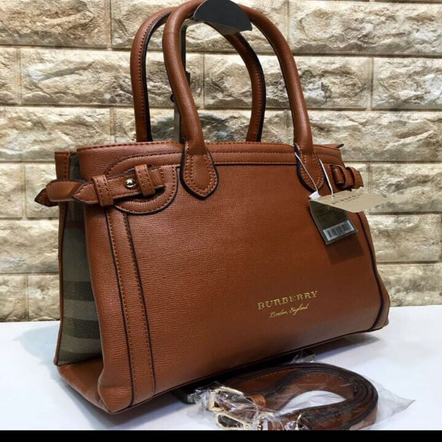 Burberry bag in brown, black and maroon