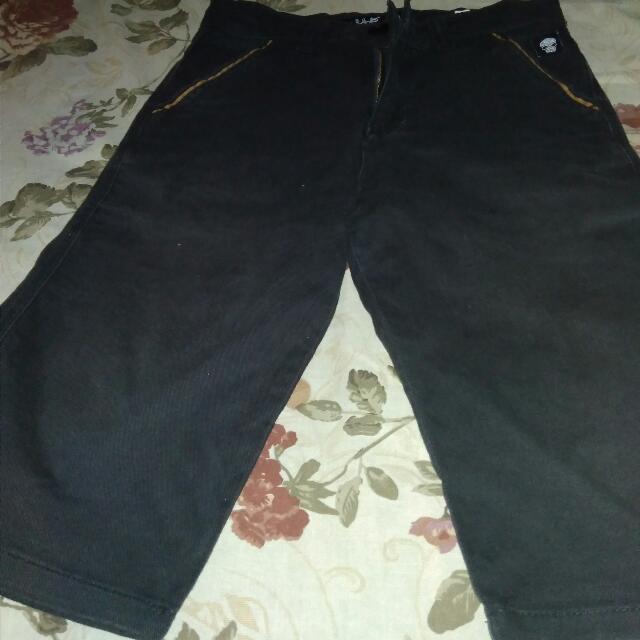 Celana Pendek Black