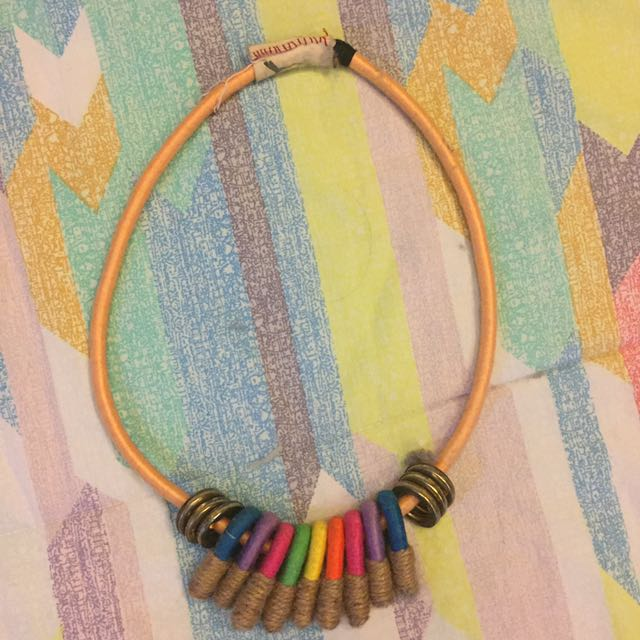 Colorful necklace/kalung