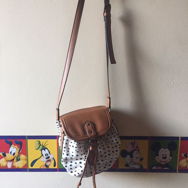 cotton on slingbag