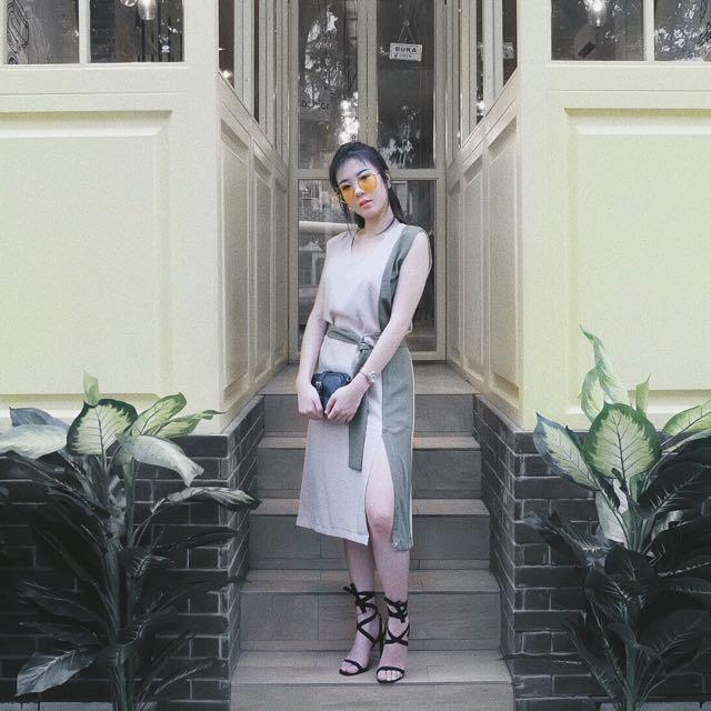 Dress Slit Paha (abu Hijau)