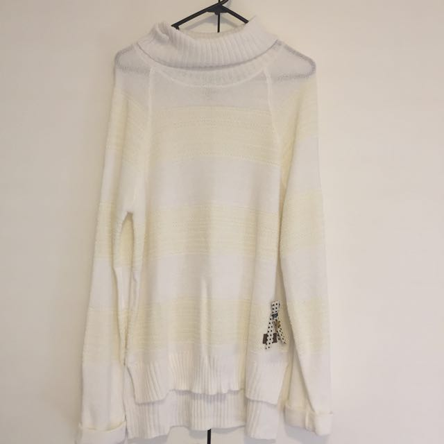 Element White Roll Neck Jumper. Size L
