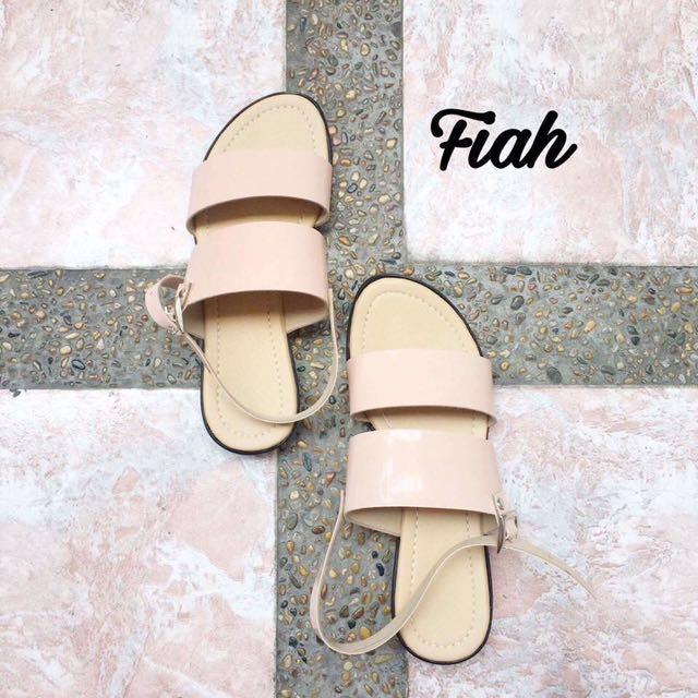 Fiah Sandals
