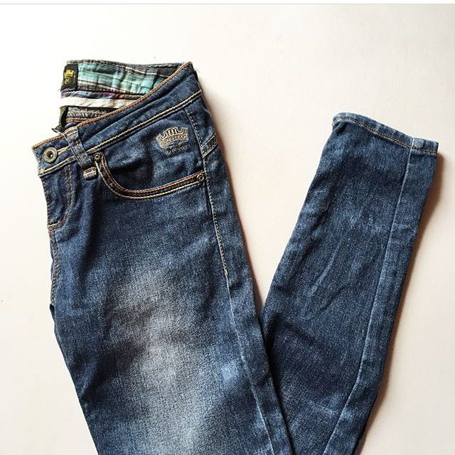 FUBU QUEENS ACID WASHED JEANS