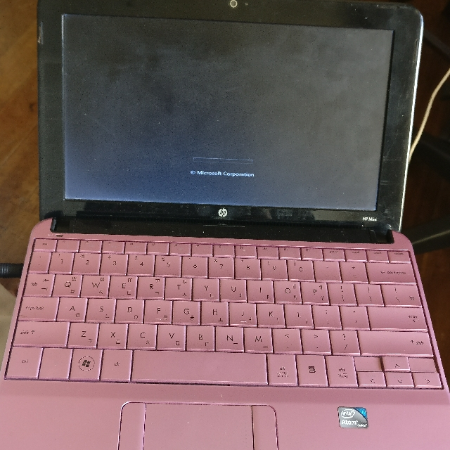 Hp Mini Netbook Limited edition Pink! Small Laptop Can Fit Small Bag