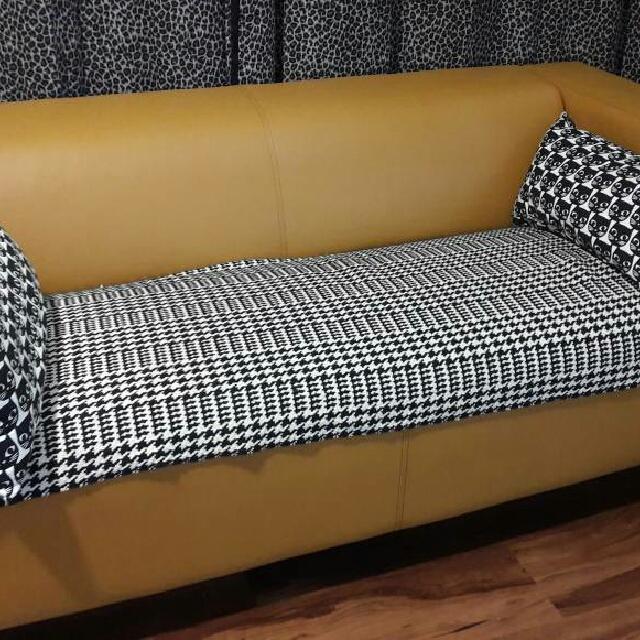 Ikea 2 Sitter Sofa