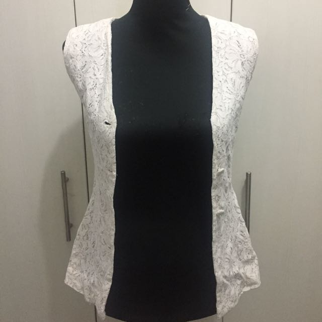 Lace Vest - Pre-loved