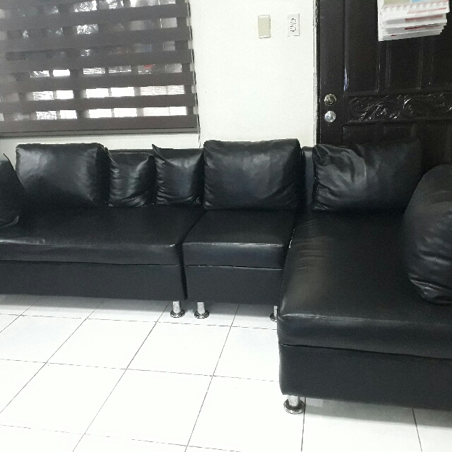Leather L-Shape Sofa Set 2,500 only(pick-up only)
