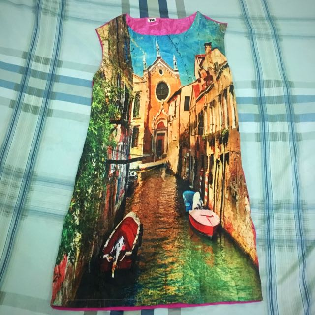 Magenta Sleeveless Dress with cathedral print