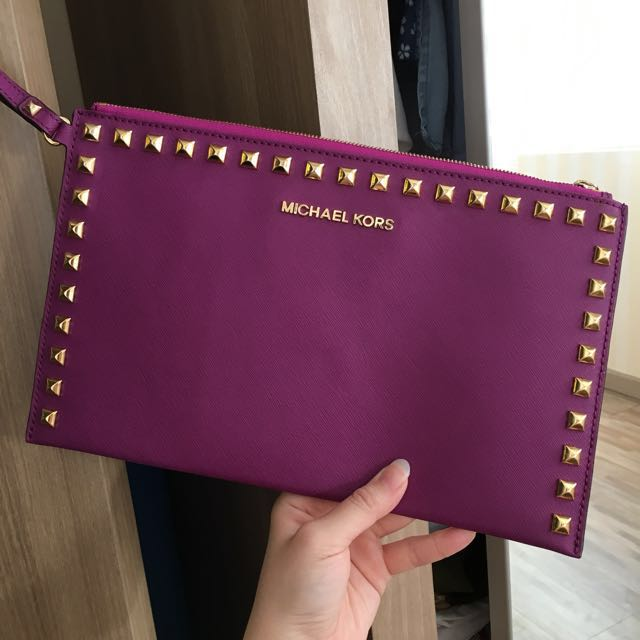 Michael Kors authentic Clutch