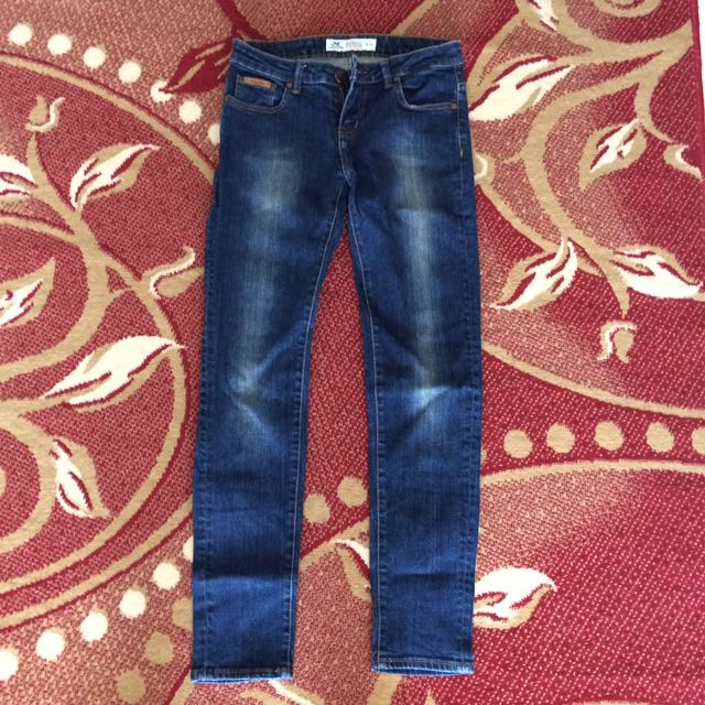 Moutley Celana Denim