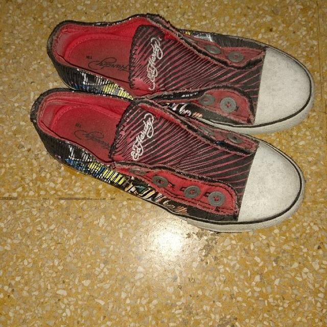 Sepatu Ed Hardy